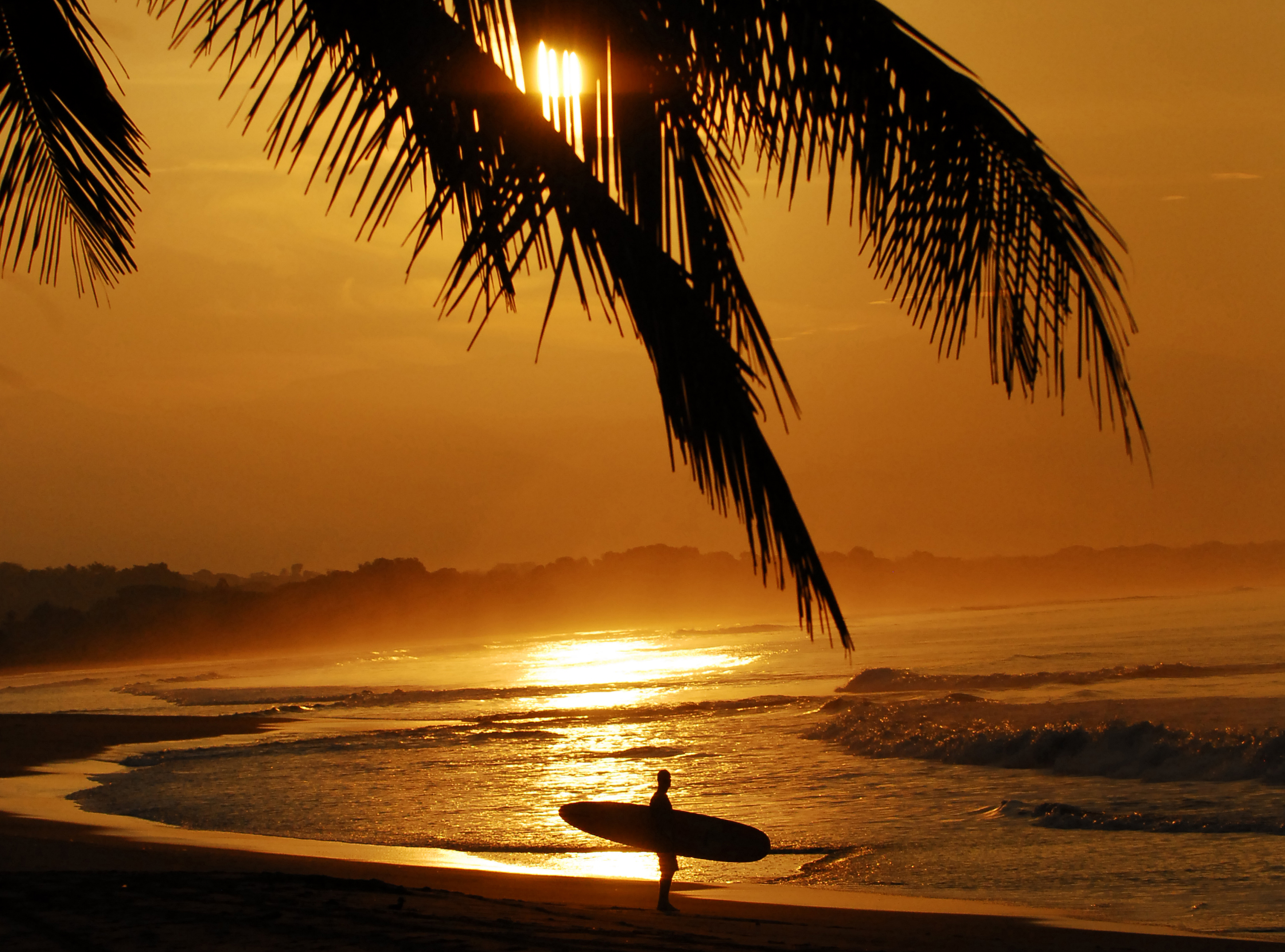8 Reasons To Surf Costa Rica