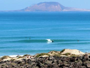 Where to Surf in March